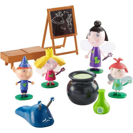 Ben & Hollys Magic Classroom Playset