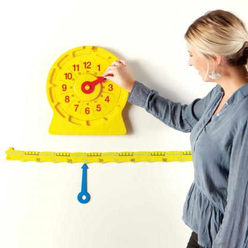 92382_-giant_magnetic_number-line-clock_lifestyle_web.jpg