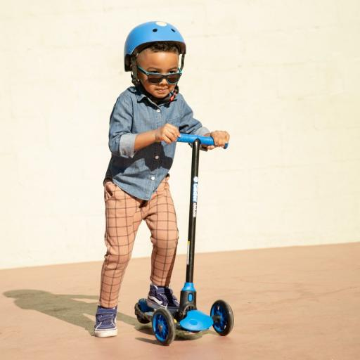 3-wheel-scooter-y-glider-deluxe-blue_4_1.jpg